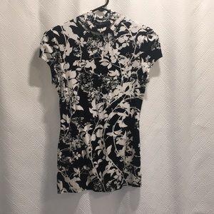 Express Short Sleeve Shirt with Neck
